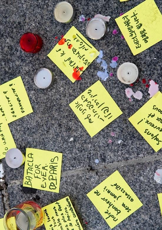 I Stock AdrianHancu - Nov 2015 Hommage aux attentats de Paris